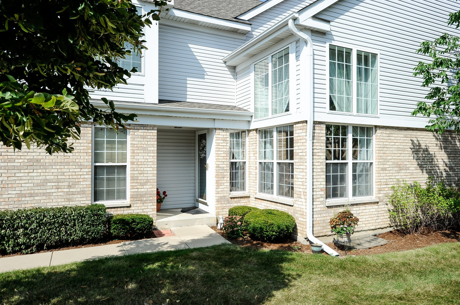 Real Estate Photography - 501 Citadel Circle, Westmont, IL, 60559 - Front View