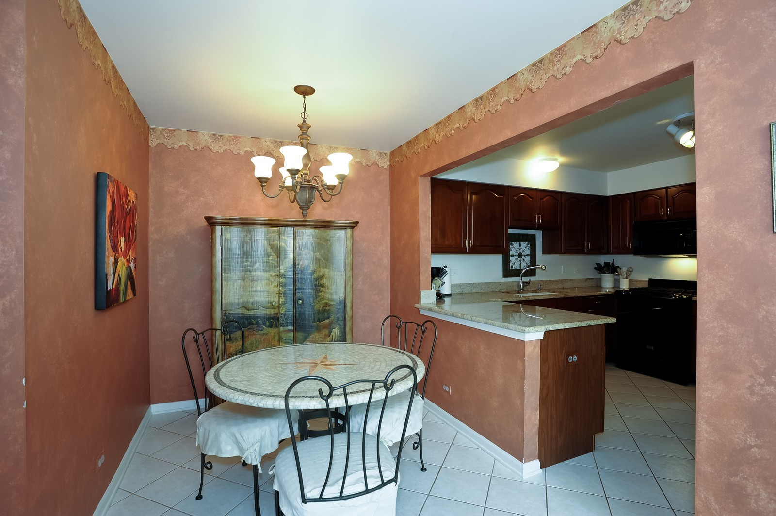 Real Estate Photography - 501 Citadel Circle, Westmont, IL, 60559 - Breakfast Nook