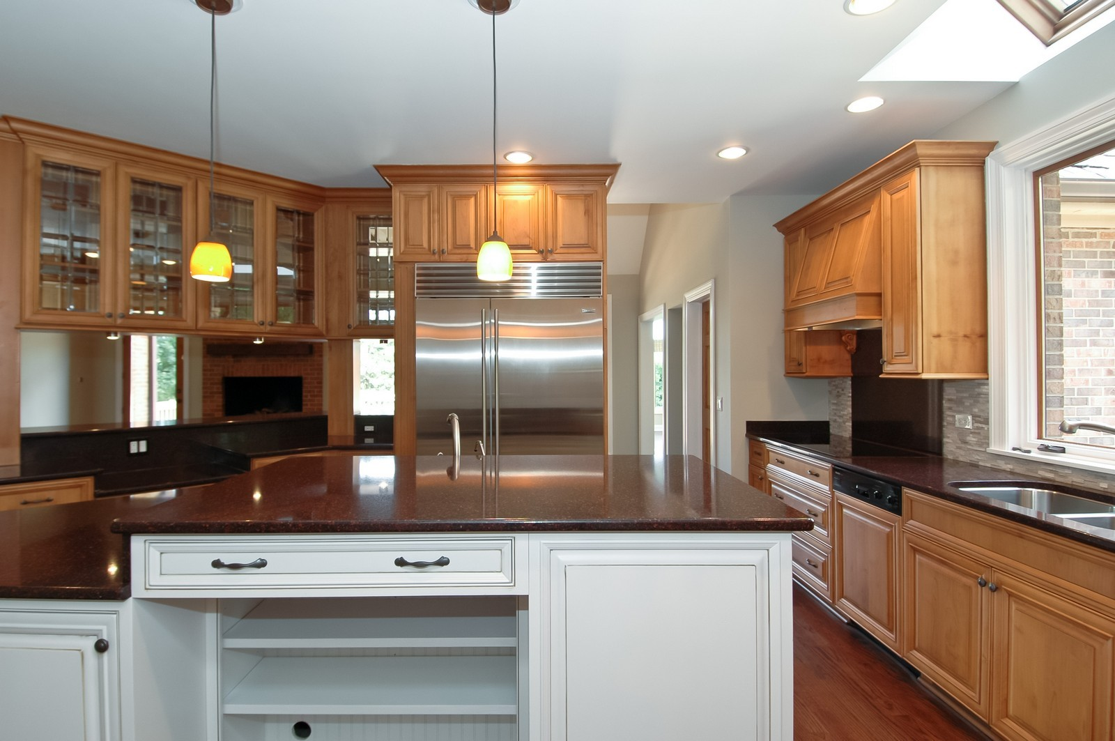 Real Estate Photography - 77 S Wynstone, North Barrington, IL, 60010 - Kitchen