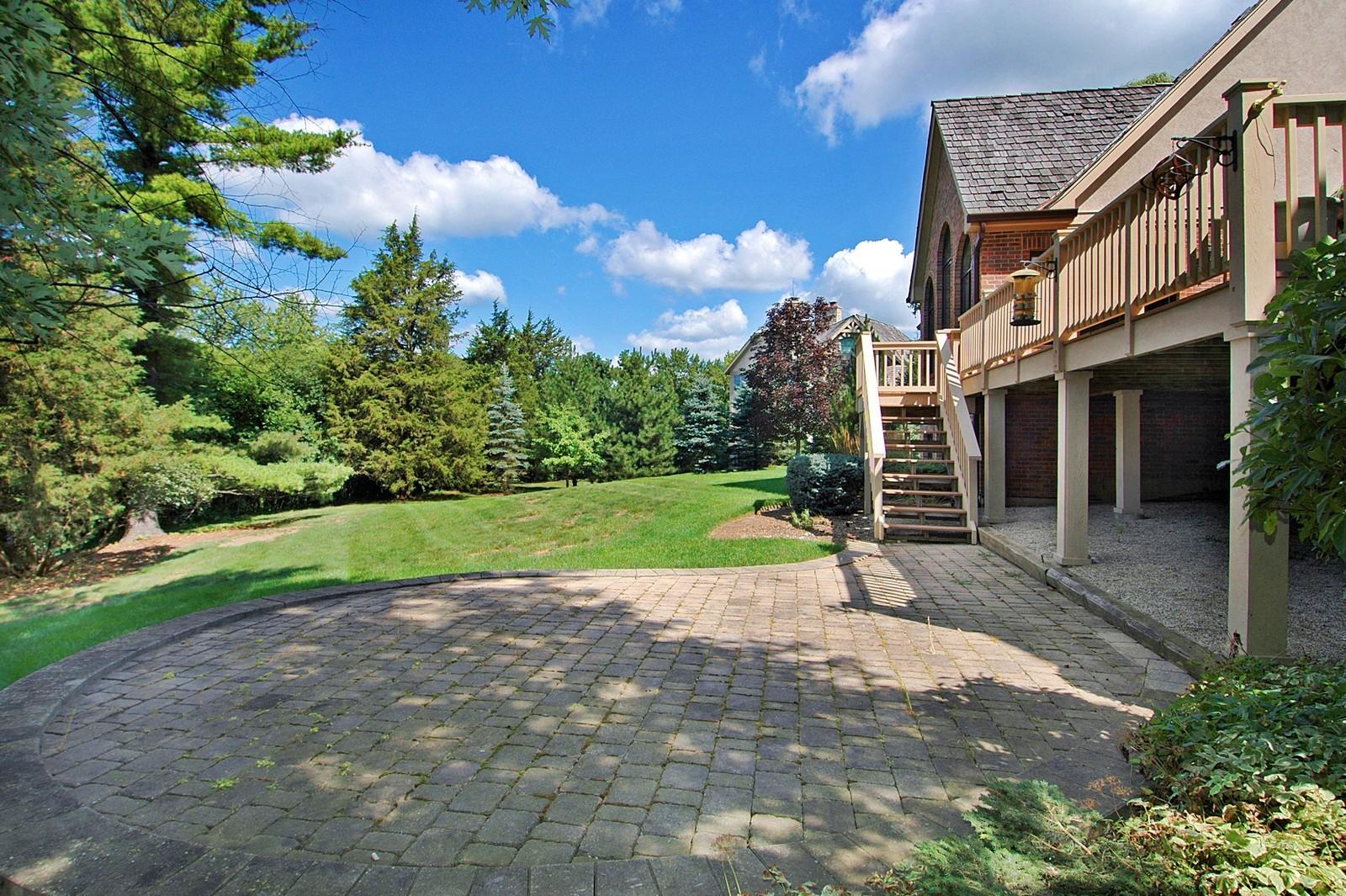 Real Estate Photography - 77 S Wynstone, North Barrington, IL, 60010 - Back Yard