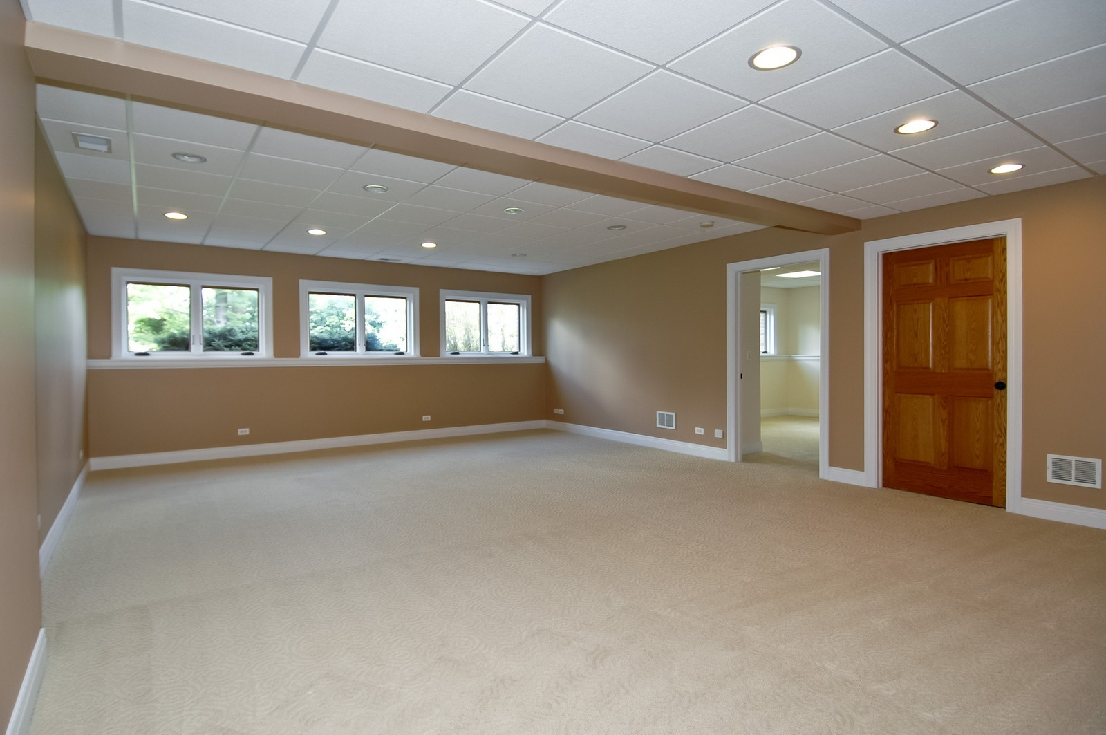 Real Estate Photography - 77 S Wynstone, North Barrington, IL, 60010 - Pool Room