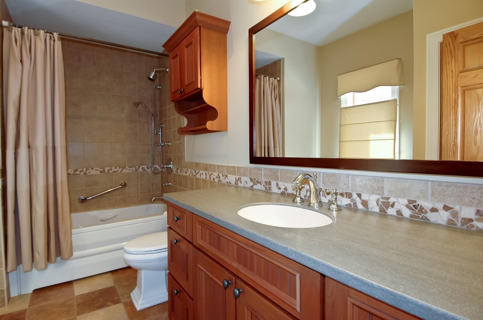 Real Estate Photography - 77 S Wynstone, North Barrington, IL, 60010 - Bathroom