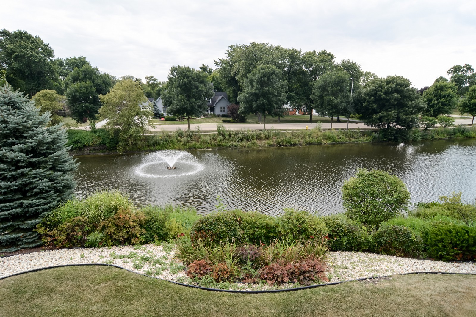 Real Estate Photography - 417 Kristin St, Westmont, IL, 60559 - View