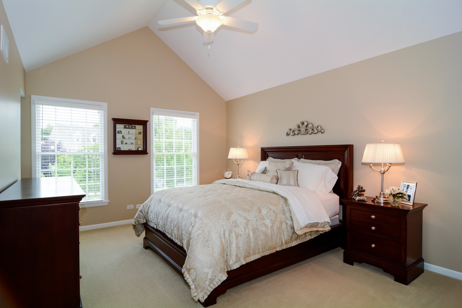 Real Estate Photography - 417 Kristin St, Westmont, IL, 60559 - Guest Bedroom