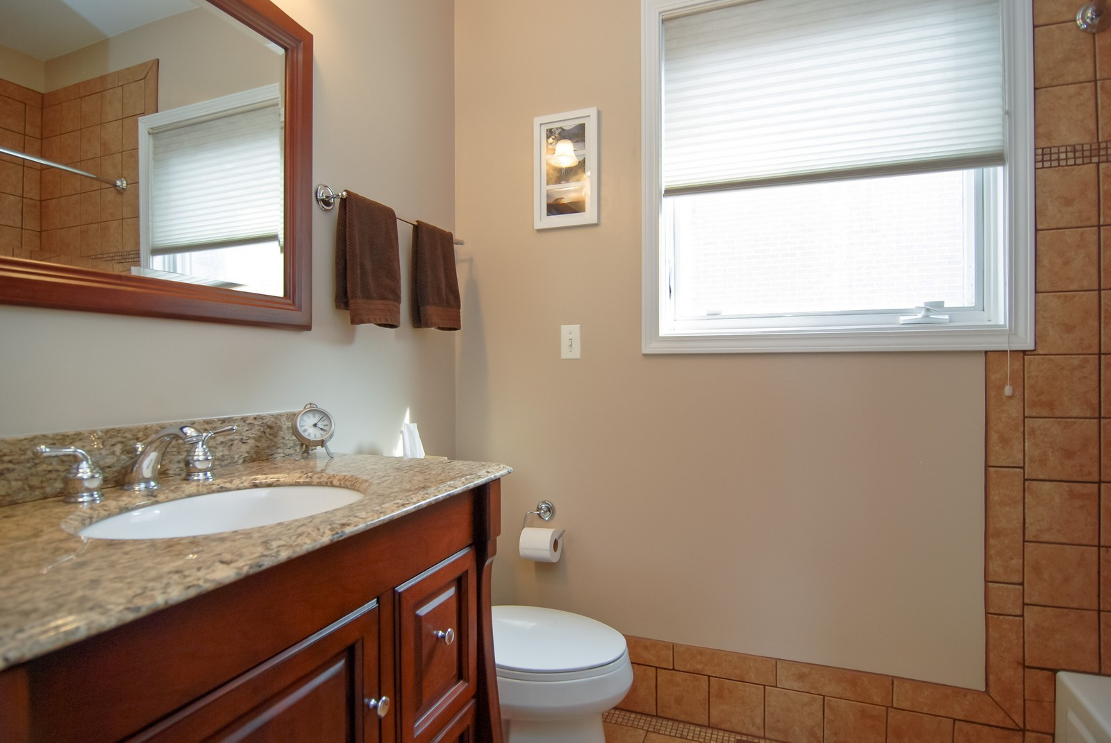 Real Estate Photography - 1351 W Altgeld, Unit 2K, Chicago, IL, 60614 - 2nd Bathroom