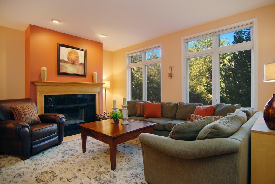 Real Estate Photography - 1351 W Altgeld, Unit 2K, Chicago, IL, 60614 - Living Room