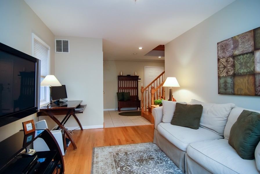 Real Estate Photography - 1351 W Altgeld, Unit 2K, Chicago, IL, 60614 - Family Room