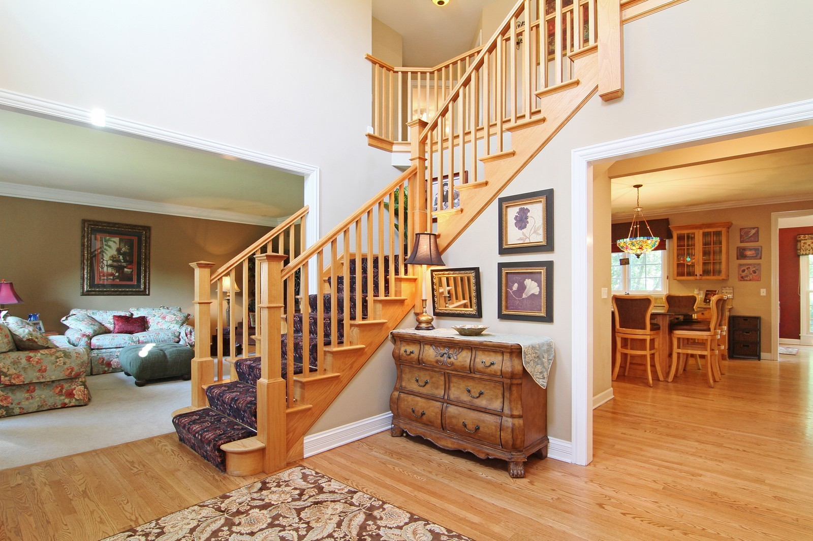 Real Estate Photography - 212 E 57th St, Westmont, IL, 60559 - Foyer
