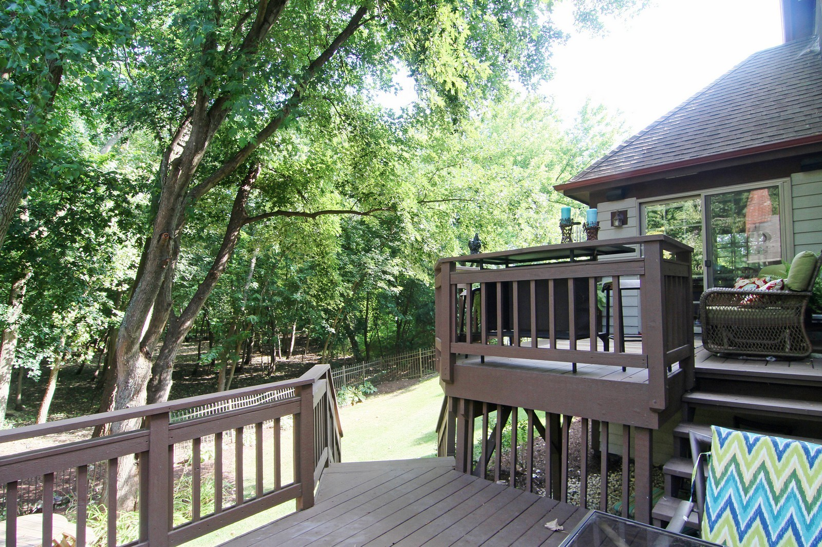 Real Estate Photography - 212 E 57th St, Westmont, IL, 60559 - Deck