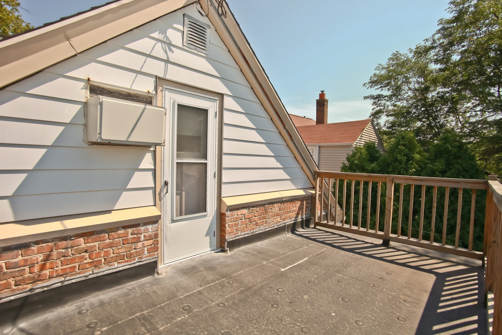 Real Estate Photography - 4459 N Newhall Ave, Shorewood, WI, 53211 - Entrance