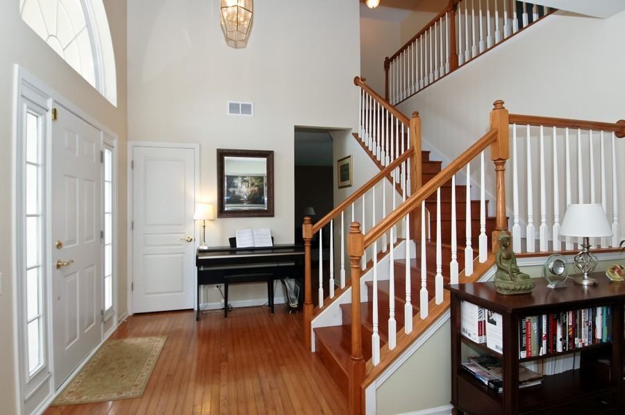 Real Estate Photography - 4370 Whitehall Ln, Algonoquin, IL, 60102 - Foyer