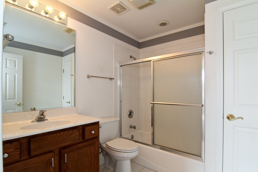 Real Estate Photography - 414 Park Ave, Clarendon Hills, IL, 60514 - Master Bathroom