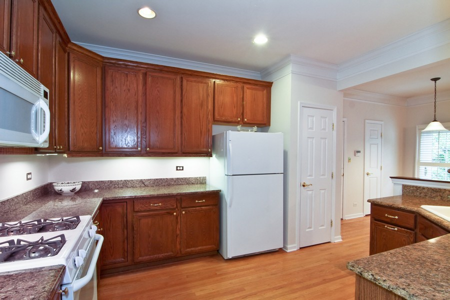Real Estate Photography - 414 Park Ave, Clarendon Hills, IL, 60514 - Kitchen