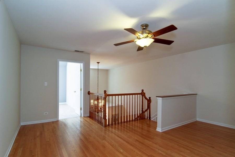 Real Estate Photography - 414 Park Ave, Clarendon Hills, IL, 60514 - Loft