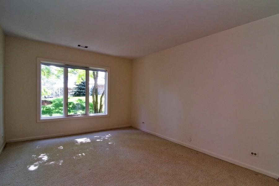 Real Estate Photography - 3 Oak Brook Club, D103, Oak Brook, IL, 60523 - Bedroom