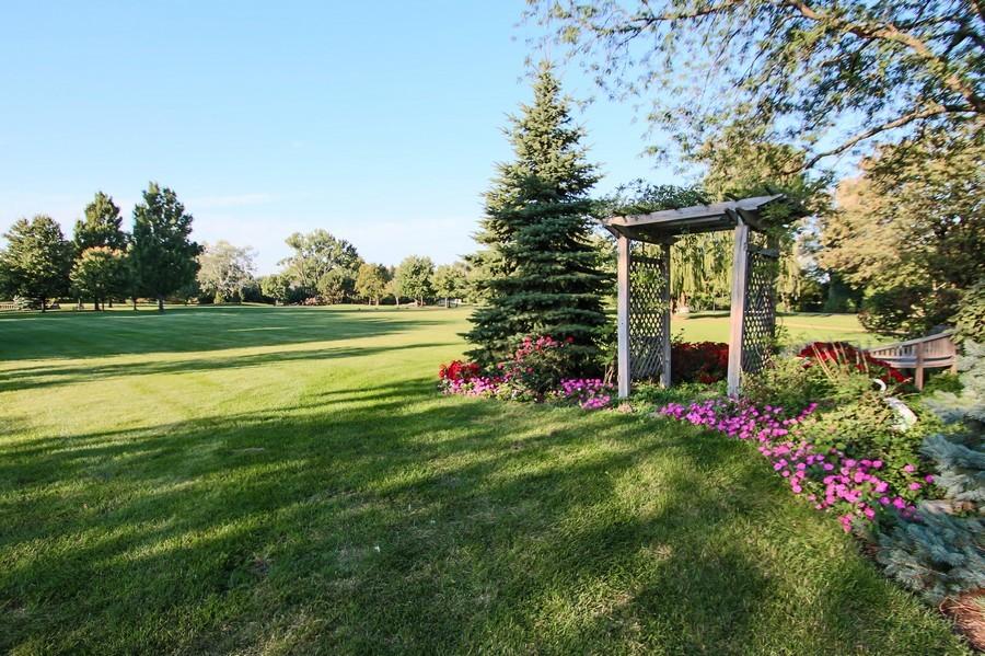 Real Estate Photography - 50 Briarwood Lane, Oak Brook, IL, 60523 - Briarwood Lakes Park