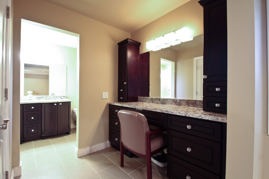 Real Estate Photography - 50 Briarwood Lane, Oak Brook, IL, 60523 - Dressing Area