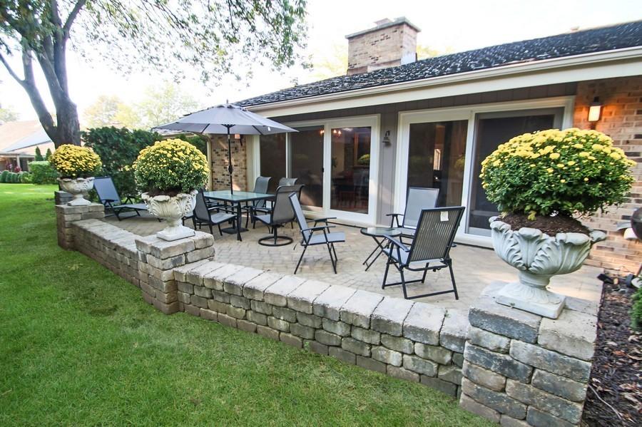 Real Estate Photography - 50 Briarwood Lane, Oak Brook, IL, 60523 - Rear View