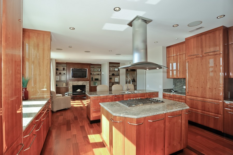 Real Estate Photography - 520 S Washington Street, PH3, Naperville, IL, 60540 - Kitchen