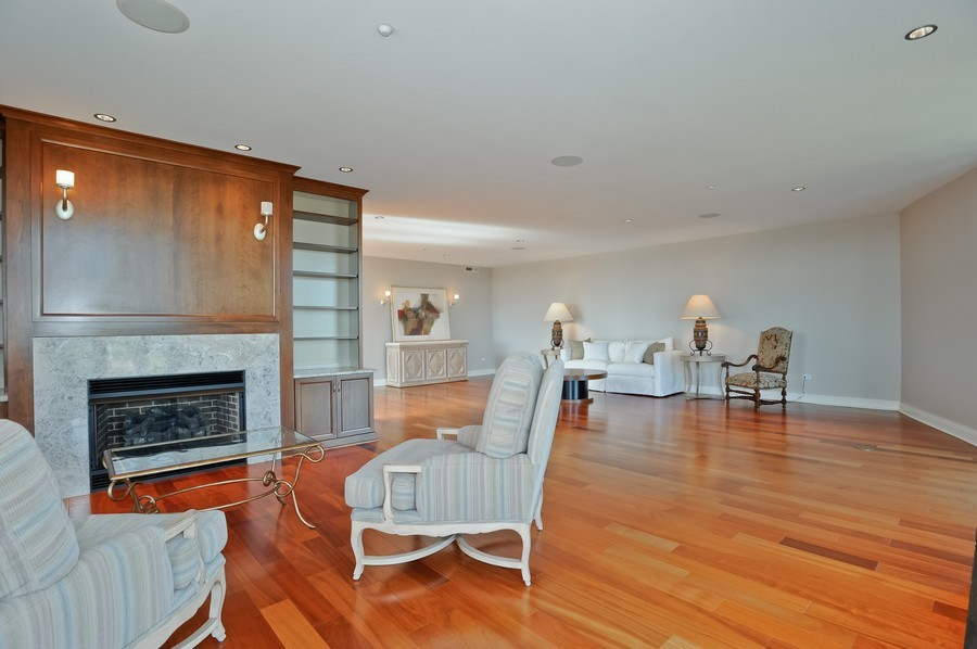 Real Estate Photography - 520 S Washington Street, PH3, Naperville, IL, 60540 - Family Room
