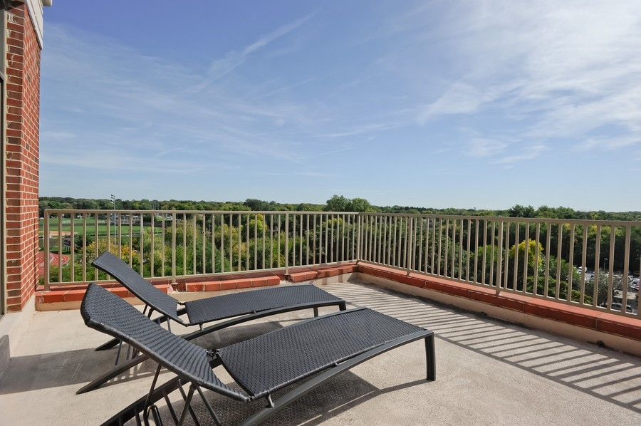 Real Estate Photography - 520 S Washington Street, PH3, Naperville, IL, 60540 - Balcony
