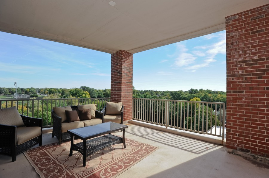 Real Estate Photography - 520 S Washington Street, PH3, Naperville, IL, 60540 - Balcony