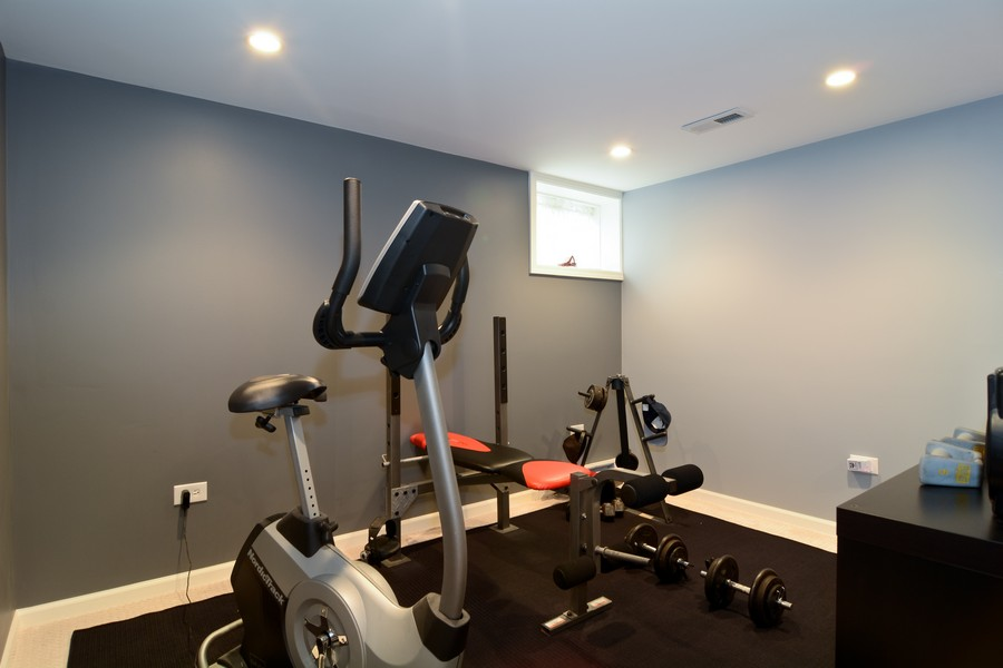 Real Estate Photography - 913 Wheaton Oaks Dr, Wheaton, IL, 60187 - Exercise Room