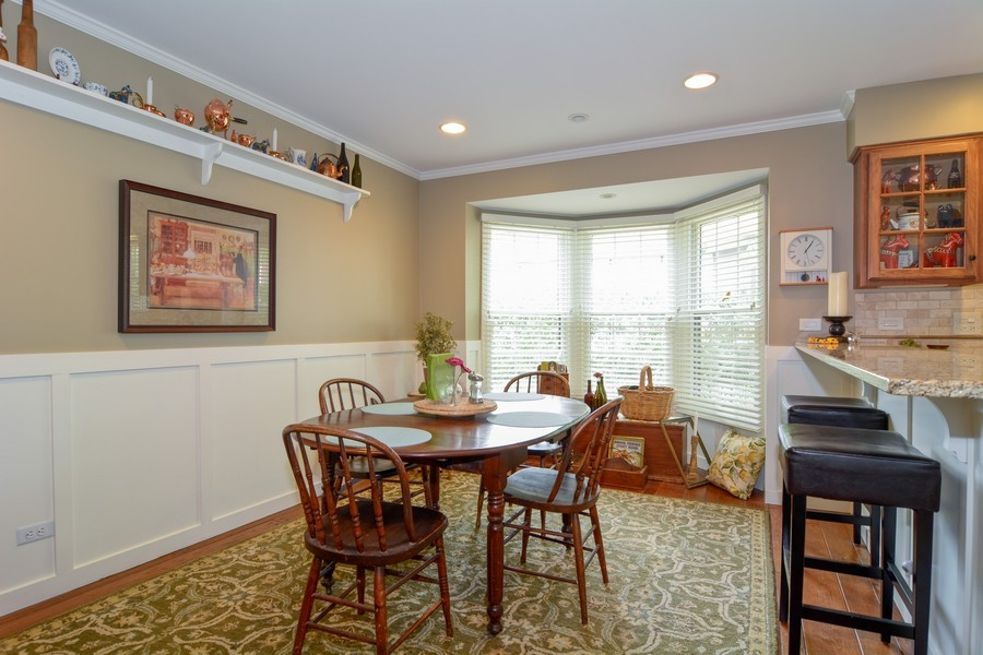 Real Estate Photography - 913 Wheaton Oaks Dr, Wheaton, IL, 60187 - Breakfast Nook