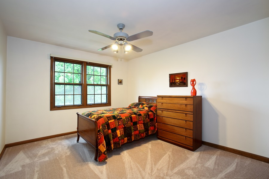 Real Estate Photography - 1006 augustana, Naperville, IL, 60565 - 2nd Bedroom