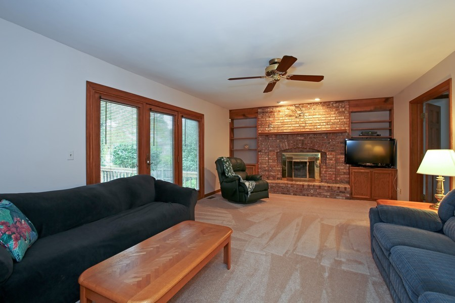 Real Estate Photography - 1006 augustana, Naperville, IL, 60565 - Family Room