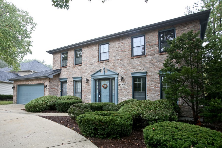 Real Estate Photography - 1006 augustana, Naperville, IL, 60565 - Front View