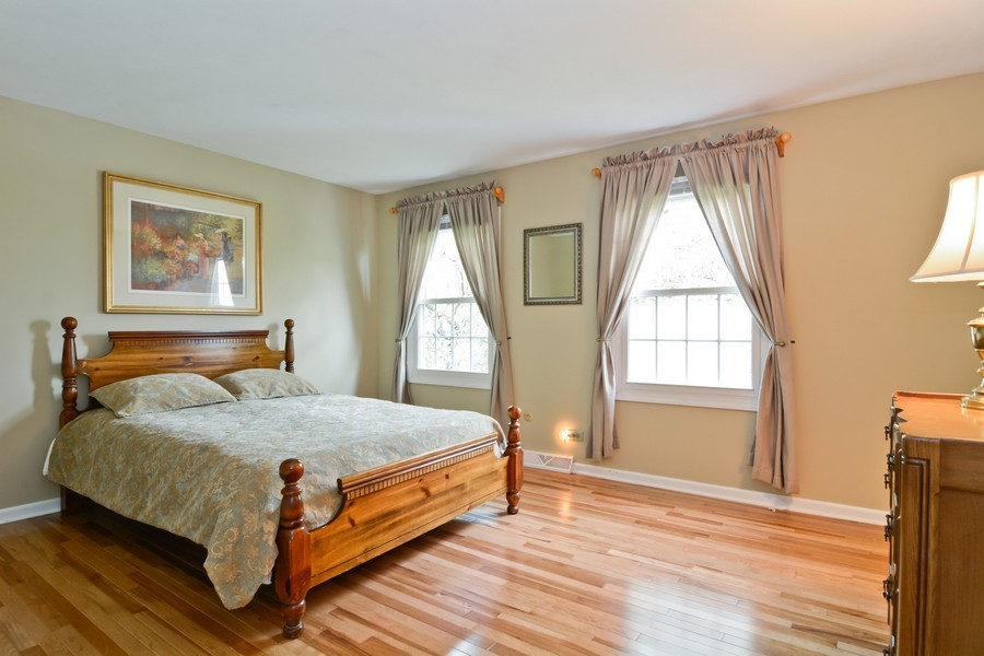 Real Estate Photography - 22W119 McCarron, Glen Ellyn, IL, 60137 - Guest Bedroom