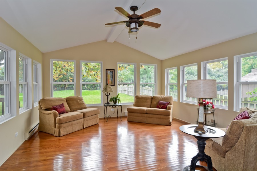 Real Estate Photography - 22W119 McCarron, Glen Ellyn, IL, 60137 - Sun Room