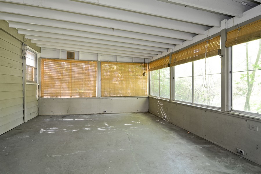 Real Estate Photography - 200 Bryant, Glen Ellyn, IL, 60137 - Porch