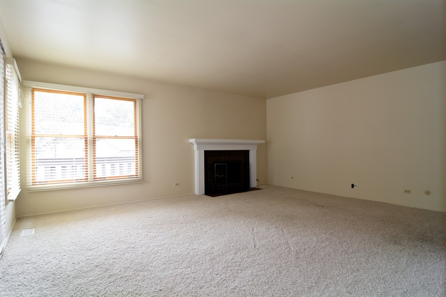 Real Estate Photography - 37 White Oak, St. Charles, IL, 60174 - Living Room
