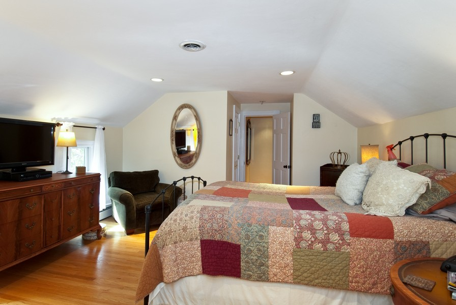 Real Estate Photography - 319 S Cook, Barrington, IL, 60010 - Master Bedroom