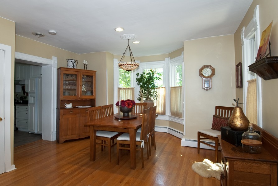 Real Estate Photography - 319 S Cook, Barrington, IL, 60010 - Dining Room