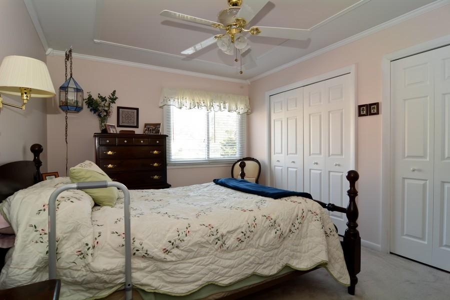 Real Estate Photography - 34 n Park Blvd, Glen Ellyn, IL, 60137 - Bedroom