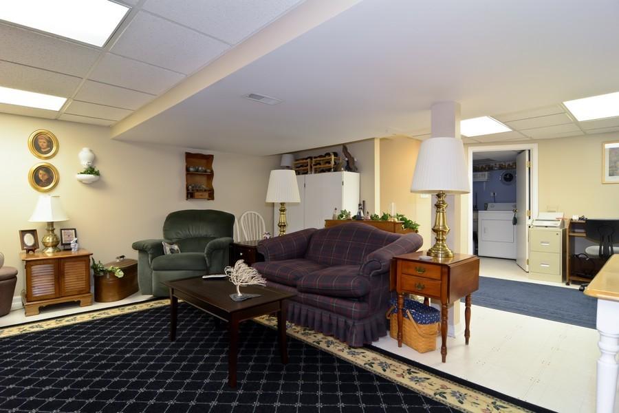 Real Estate Photography - 34 n Park Blvd, Glen Ellyn, IL, 60137 - Entertainment Room