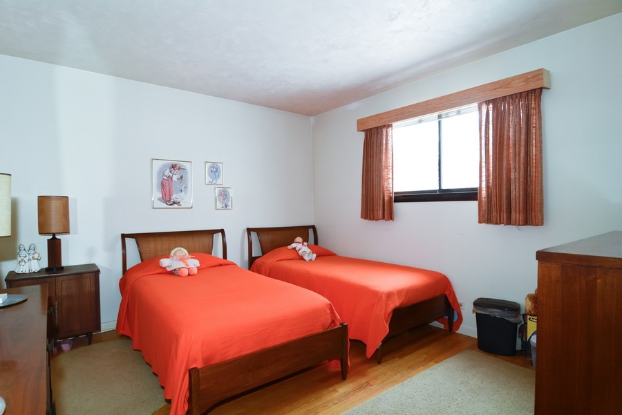 Real Estate Photography - 146 S Adeline, Addison, IL, 60101 - Guest Bedroom