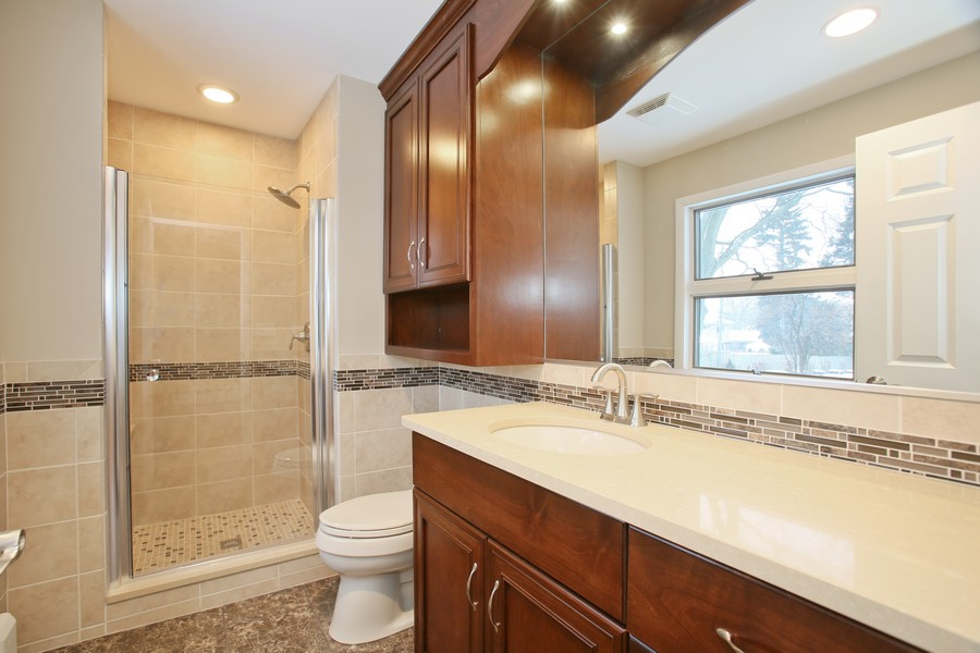 Real Estate Photography - 441 Bunning, Downers Grove, IL, 60516 - Master Bathroom
