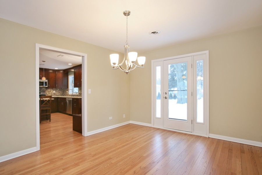 Real Estate Photography - 441 Bunning, Downers Grove, IL, 60516 - Dining Room