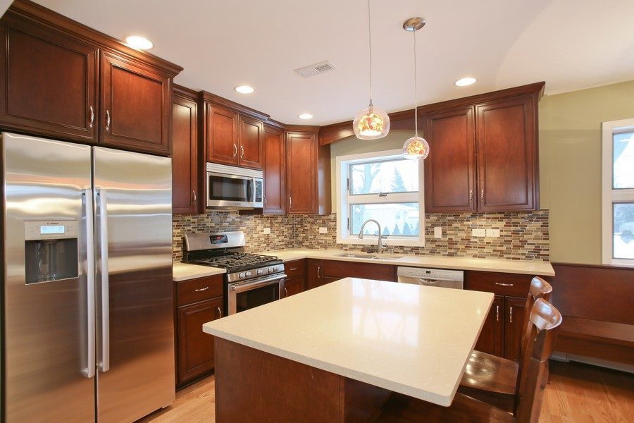 Real Estate Photography - 441 Bunning, Downers Grove, IL, 60516 - Kitchen