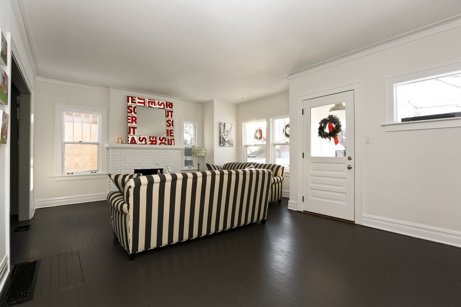 Real Estate Photography - 467 Carleton, Glen Ellyn, IL, 60137 - Living Room