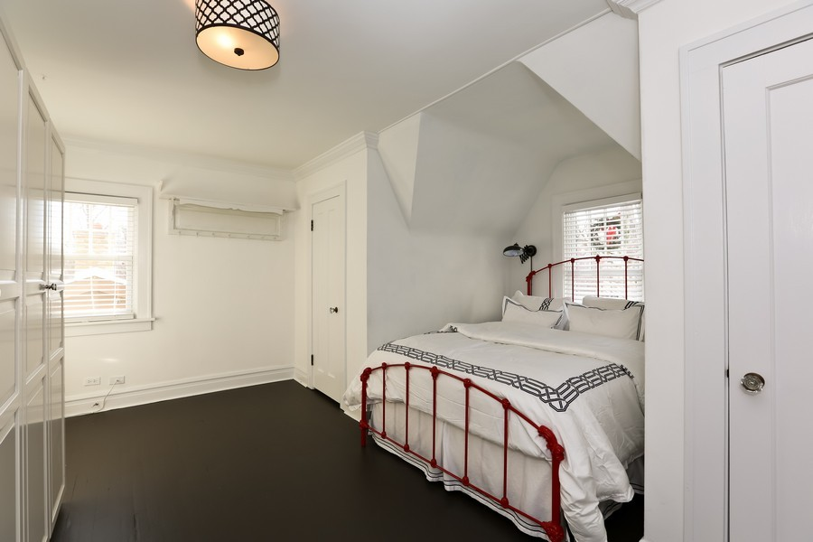 Real Estate Photography - 467 Carleton, Glen Ellyn, IL, 60137 - Master Bedroom