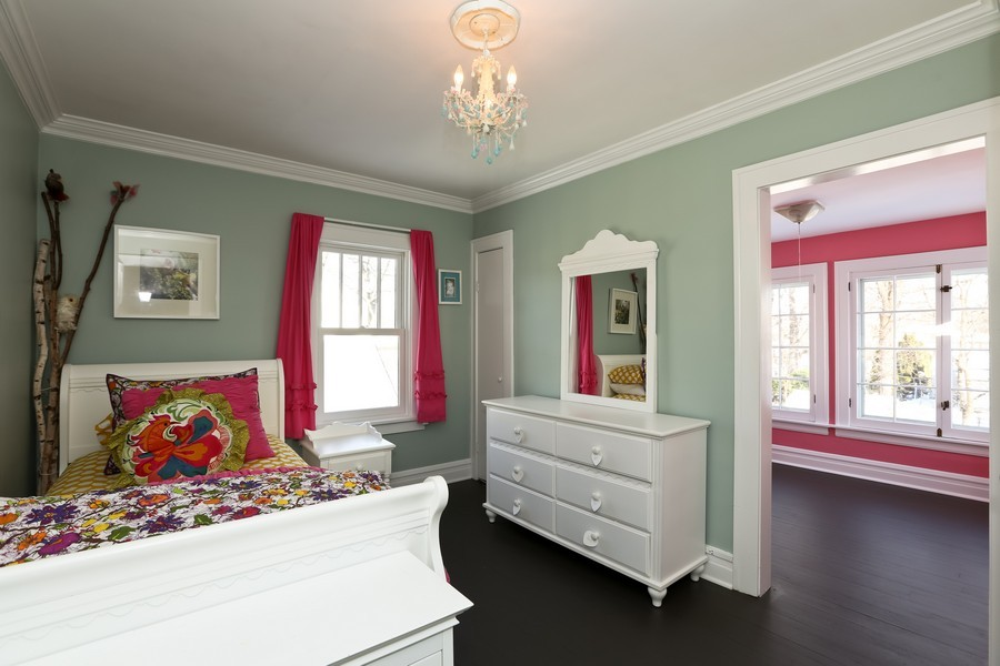 Real Estate Photography - 467 Carleton, Glen Ellyn, IL, 60137 - 2nd Bedroom