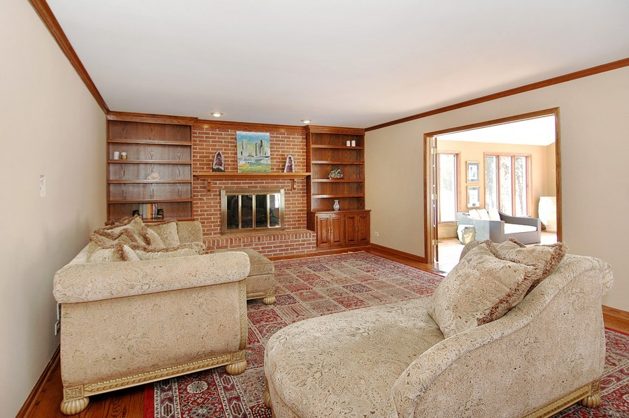 Real Estate Photography - 190 Tall Trees Drive, Barrington, IL, 60010 - Family Room