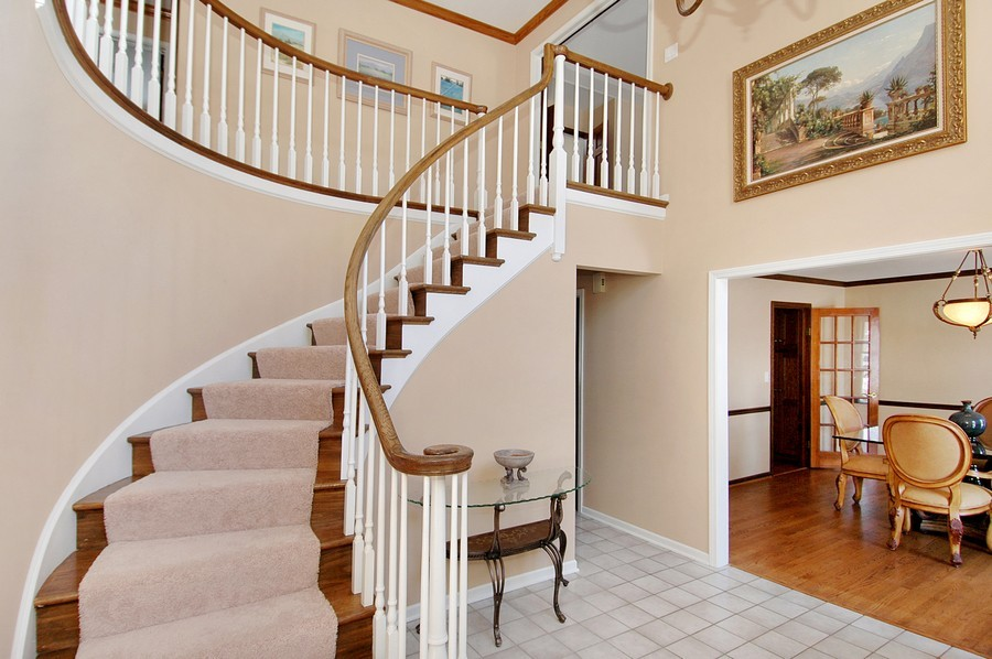 Real Estate Photography - 190 Tall Trees Drive, Barrington, IL, 60010 - Foyer