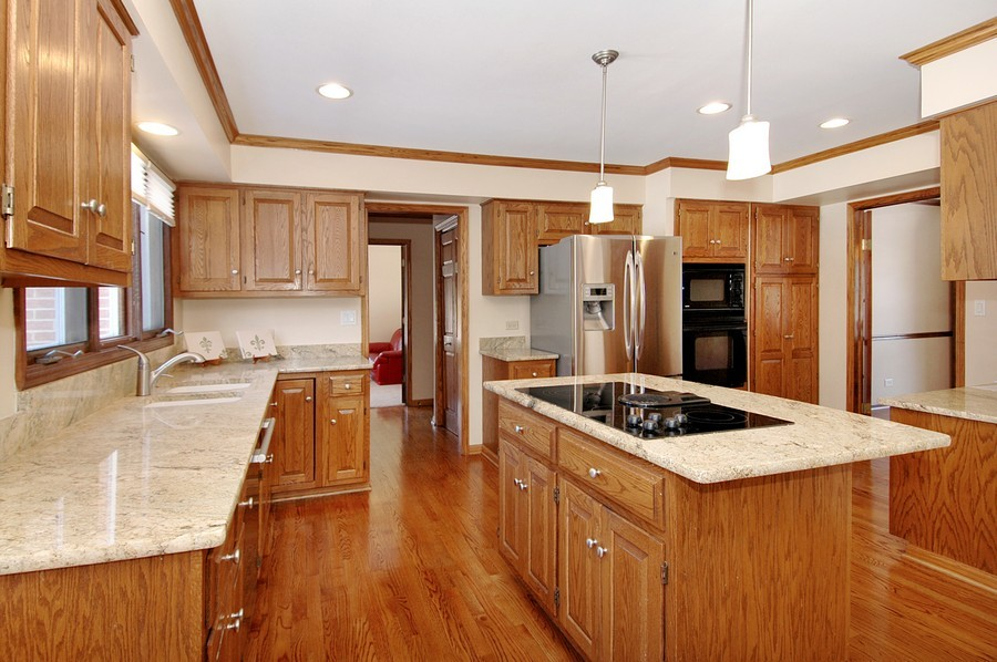 Real Estate Photography - 190 Tall Trees Drive, Barrington, IL, 60010 - Kitchen