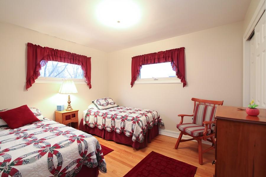 Real Estate Photography - 1117 Leslie Lane, Villa Park, IL, 60181 - 3rd Bedroom